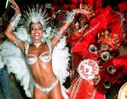 Die ganze Stadt im Rausch: Eine Sambatänzerin während des Karnevals in Rio. Foto: © dpa