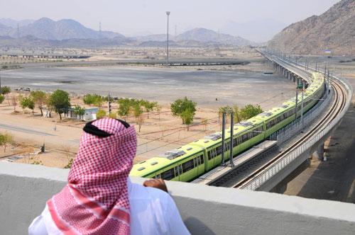 Saudi-Arabien ist reich an Öl, hat aber hohen Nachholbedarf in der Infrastruktur des Landes