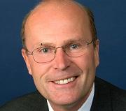 Finanzwissenschaftler Prof. Marcel Tyrell von der Zeppelin Universität Friedrichshafen
