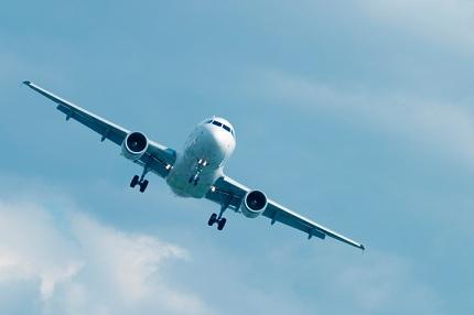 Rechtzeitig abheben: Abflugzeiten sind Urteilen zufolge keineswegs unverbindlich