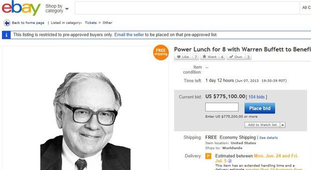 Screenshot der Ebay-Auktion von Warren Buffett: Am Mittwochnachmittag hatten Interessierte bereits mehr als 775.000 Dollar für das Essen mit dem Starinvestor geboten.