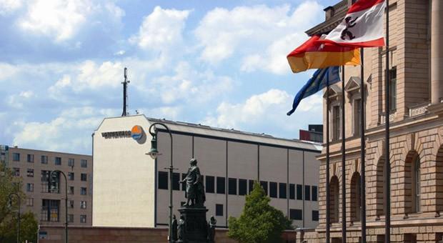 Die Fernkälte aus der Vattenfall Energiezentrale sorgt in mehr als 11.000 Wohnungen und Büros am Potsdamer und Leipziger Platz für kühle Luft.
