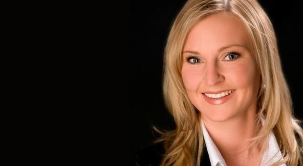 """Rechtsanwältin Julia Lehnrieder: """"Das Risiko, einen scheinselbständigen Mitarbeiter zu beschäftigen, kann durch entsprechende Vertragsgestaltung minimiert werden."""""""