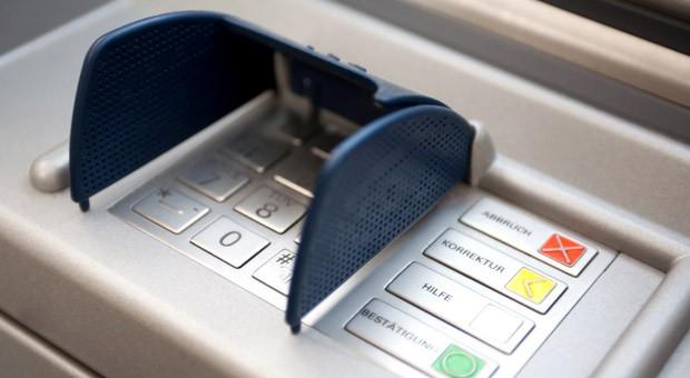 Die Tastatur eines Geldautomaten.
