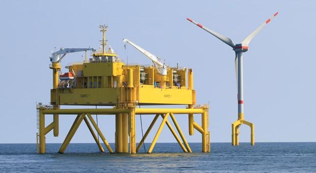 Eine Plattform von Bard in der Nordsee.