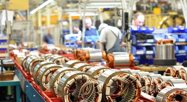 Produktionslinie im Maschinenbau