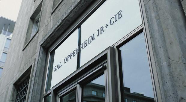 Der Eingang am Stammsitz von Sal. Oppenheim in Köln