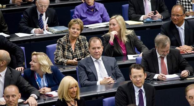 Blick auf die FDP-Fraktion in der Sitzung des Deutschen Bundestages in Berlin am 28.10.2010.