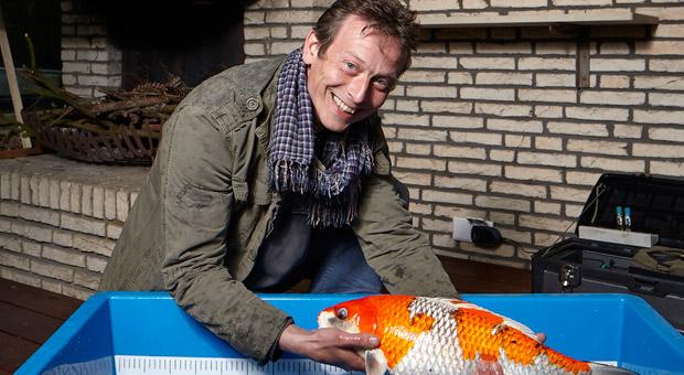 Koi-Experte und Tierpfleger Rolof Kracht besucht 300 Kunden in Norddeutschland.
