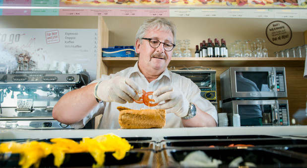 "Frank Michael Havemann in seinem Restaurant ""Freshsub"""
