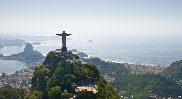 Die Skyline der brasilianischen Millionenmetropole Rio de Janeiro.