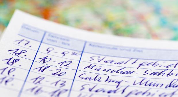 Im Firmenwagen ein Fahrtenbuch führen: Das raubt Zeit - kann aber bares Geld sparen