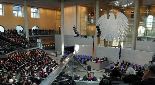 Konstituierende Sitzung des Deutsches Bundestags am 22. Oktober 2013