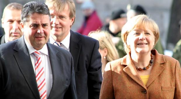 SPD-Vorsitzender Sigmar Gabriel und CDU-Chefin Angela Merkel, hier nach einer Verhandlungsrunde zum Koalitionsvertrag.