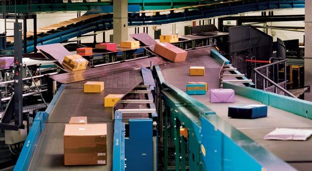 Für Paketzusteller wie die Deutsche Post sind Retoursendungen ein lohnendes Geschäft