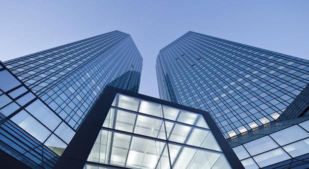 Blick auf die Türme der Deutsche-Bank-Zentrale  in Frankfurt am Main