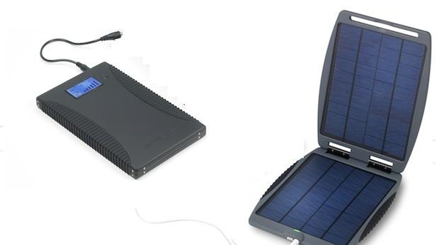 Laptop-Lader: Der Akku Powergorilla und die Zelle Solargorilla können einzeln oder gemeinsam eingesetzt werden. 200 Euro und 190 Euro. www.powertraveller.com