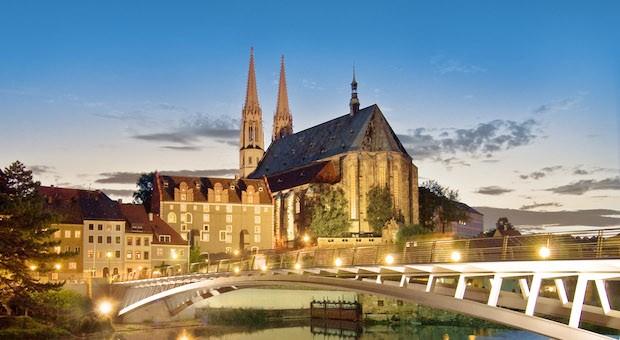 Hübsch anzusehen: Die Altstadt von Görlitz mit der Peterskirche.