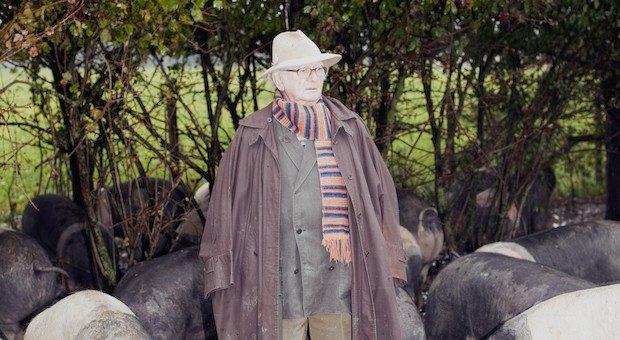 Karl Ludwig Schweisfurth hat es geschafft, sich in der Lebensmitte neu zu erfinden. Wenn die Sauen im Dreck suhlen, ist er mit sich im Reinen.