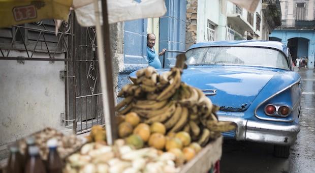 Seit 2011 findet man immer häufiger private Betriebe und Selbstständige, die ihre Leistungen anbieten. Nagelstudios, Taxi-Services oder fliegende Händler mit Obst und Gemüse sind nur wenige Beispiele.