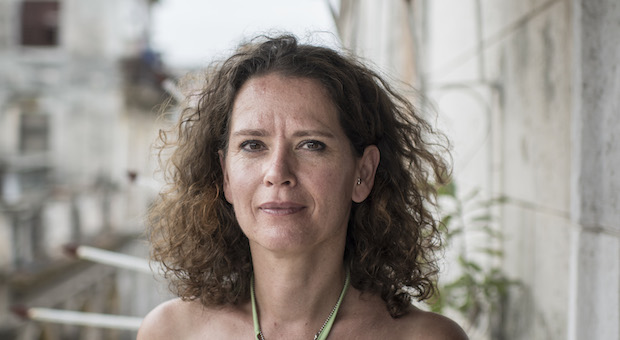 Die Deutsche Sabine Müller will staatlich bezahlte Tanzlehrer zu selbständigen Unternehmern machen