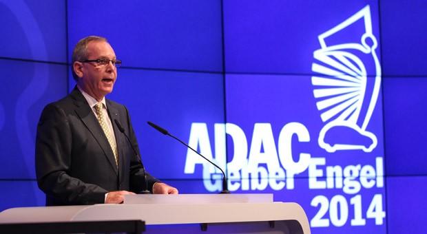 """ADAC-Präsident Peter Meyer bei der Preisvergabe des """"Gelben Engels"""" am vergangenen Donnerstag. Dort hatte der Autoclub noch von """"Unterstellungen und Unwahrheiten"""" gesprochen."""