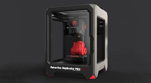 """Experten warnen vor Urheberrechtsverletzungen durch 3D-Drucker. Im Bild das Einsteigermodell """"Makerbot""""."""