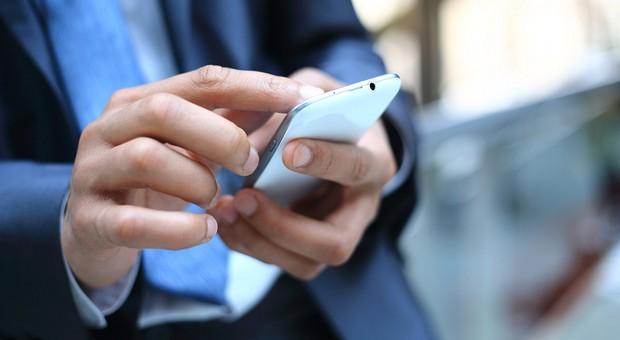 Läuft das Smartphone dem Dienstwagen mittlerweile den Rang ab?