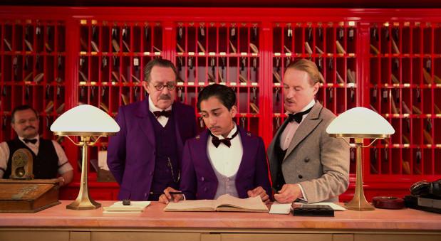 """Auschnitt eines Szene aus dem Film """"Grand Budapest Hotel"""""""