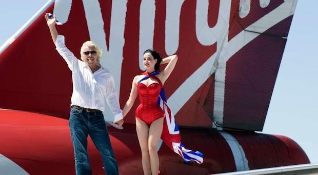 Unternehmer Richard Branson mit Model Dita von Teese bei einem Firmenjubiläum