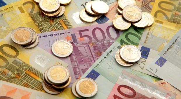 Bankkunden greifen eher zum Tagesgeldkonto als zur festen Anlage.