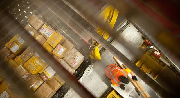 Wachsender Zeitdruck stellt Paketlieferdienste vor Herausforderungen.