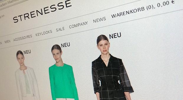 Strenesse - im Bild die Website des Modeherstellers - hat vor kurzem einen Insolvenzantrag gestellt.