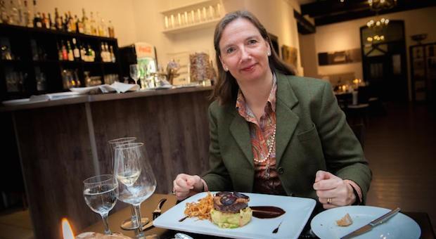 Hubertine Underberg-Ruder in ihrem Lieblingsrestaurant Lölleken