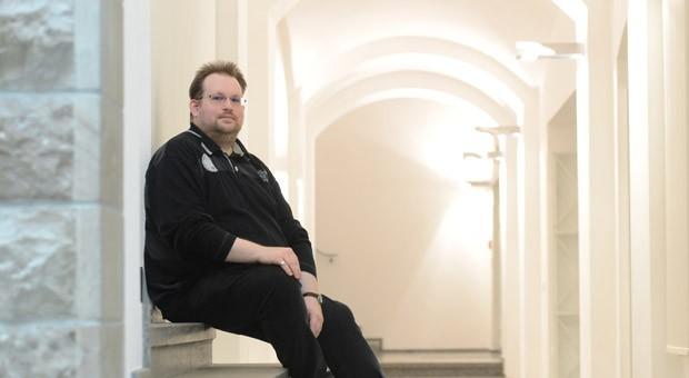 Viele Autisten wie Aleksander Knauerhase sind hochintelligent und können wertvolle Fachkräfte sein. Sie haben in Unternehmen aber auch mit besonderen Problemen zu kämpfen.