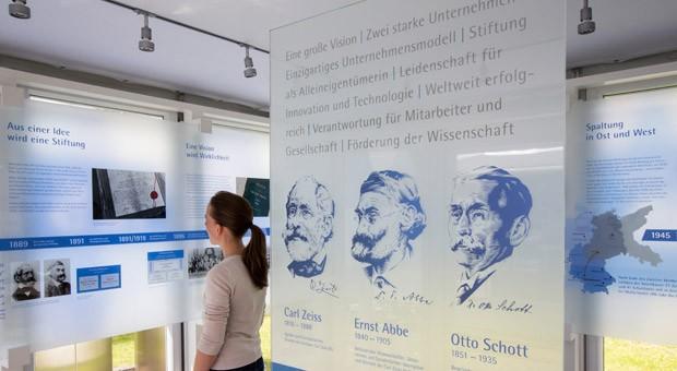 Eröffnung der Ausstellung zum Jubiläum der Carl-Zeiss-Stiftung: Auch Bundeskanzlerin Angela Merkel (CDU) hielt zum Jubiläum eine Ansprache.