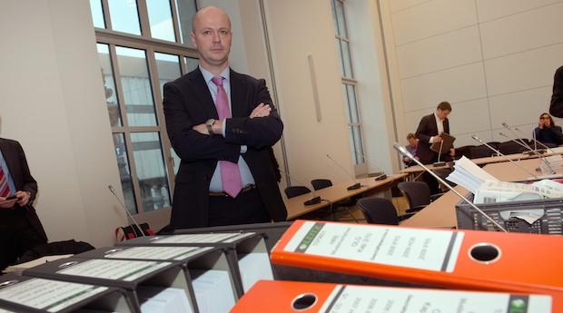HRE-Musterkläger Christian Webers (Archivbild: zu Beginn des Musterprozesses um Schadenersatz in Milliardenhöhe im Februar 2014)