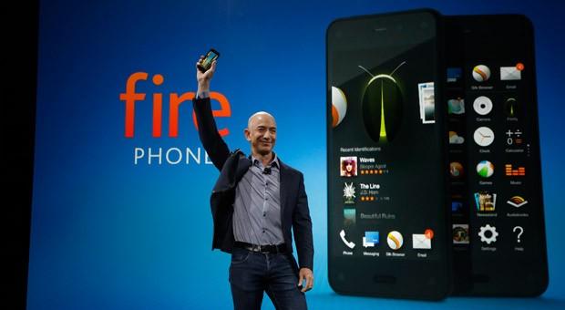 Amazon-Chef Jeff Bezos bei der Vorstellung des neuen Smartphones Fire Phone.