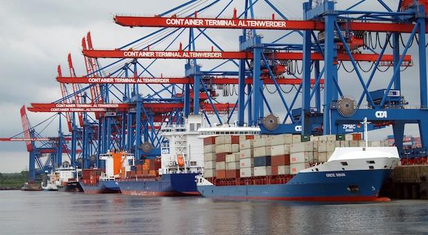 Ein Container-Terminal im Hamburger Hafen.