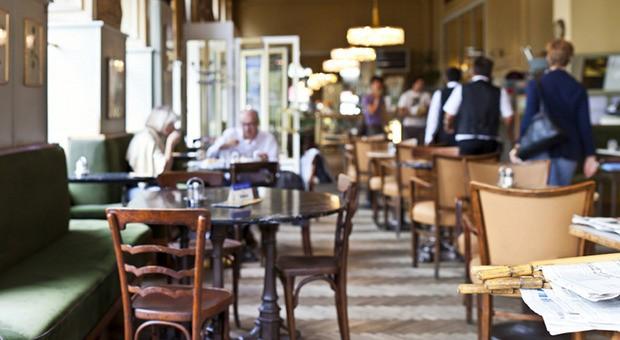 Meetings im Caféhaus sind trotz entspannter Atmosphäre professionell.