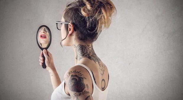 Tattoos - Körperschmuck für die Ewigkeit oder nur für ein paar Jahre?