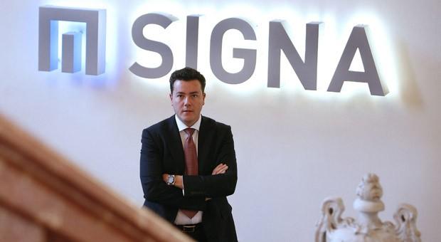 Der österreichische Immobilieninvestor René Benko übernimmt über seine Firma Signa die Warenhauskette Karstadt mit 83 Filialen.
