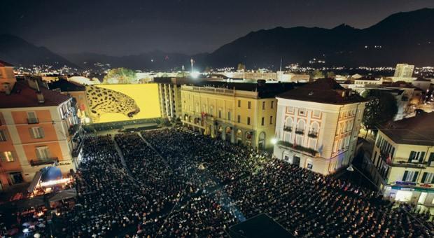 Aufnahmen von der Piazza Grande gremita in Locarco während des Filmfestivals 2014.