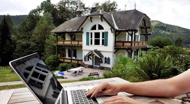 Der Sitz der Firma yoose3D Hinterzarten-Bruderhalde im Schwarzwald: Firmenchef Marc Vollmer träumt noch von einem Internet-Zugang mit einer Bandbreite von 50 Megabit pro Sekunde.
