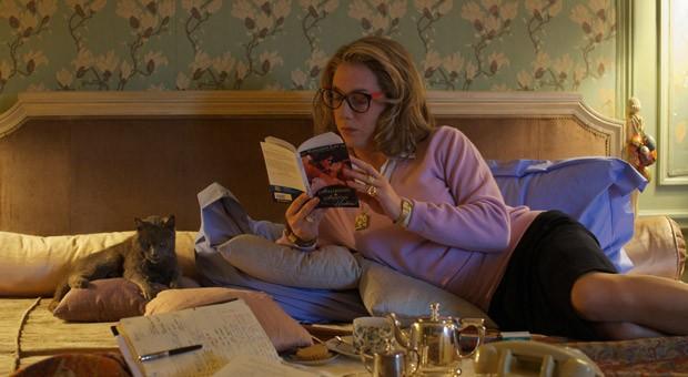 """Maman möchte ihre Ruhe haben: Auszug aus der französischen Kino-Komödie """"Maman und ich"""".  Der Film wurde 2013 bei den Filmfestspielen in Cannes vom Publikum mit stehenden Ovationen gefeiert."""