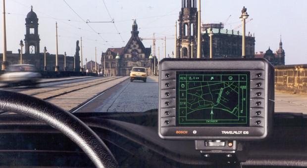 """Boschs erstes Navi, der """"Travelpilot"""", im Einsatz."""