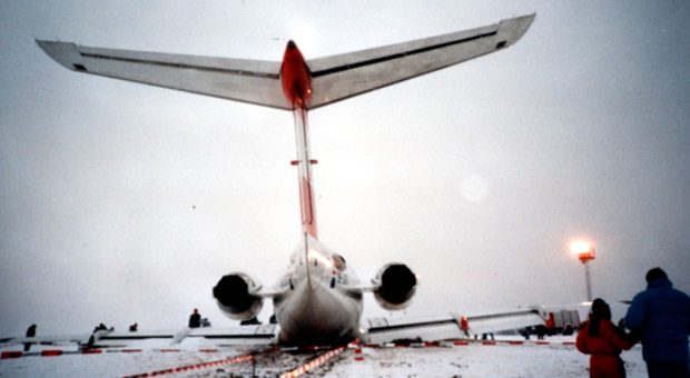 """Flugzeugabstürze sind fast immer Resultat aus einer Kette von Fehlern. """"Es geht daher nicht darum, Fehler zu vermeiden, sondern darum, Fehlerketten zu druchbrechen"""", sagt Jan Hagen, der zum Fehlermanagement in der Luftfahrt forscht."""