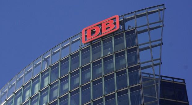 Die Firmenzentrale der Deutschen Bahn in Berlin