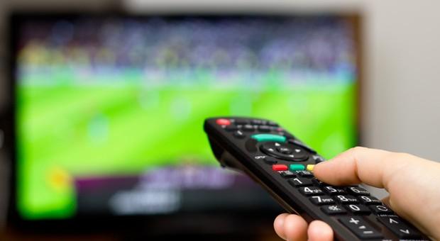 Nicht steuerlich absetzbar: Fußballübertragungen im Pay-TV.