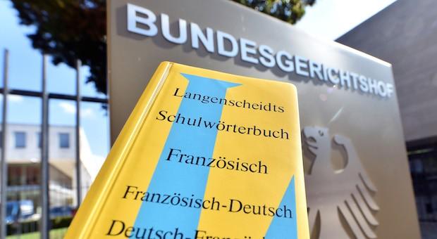 Vor Gericht hat sich das Münchner Unternehmen Langenscheidt die Farbkombination Blau/Gelb als Marke gesichert.